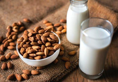 almond milk with vitamix