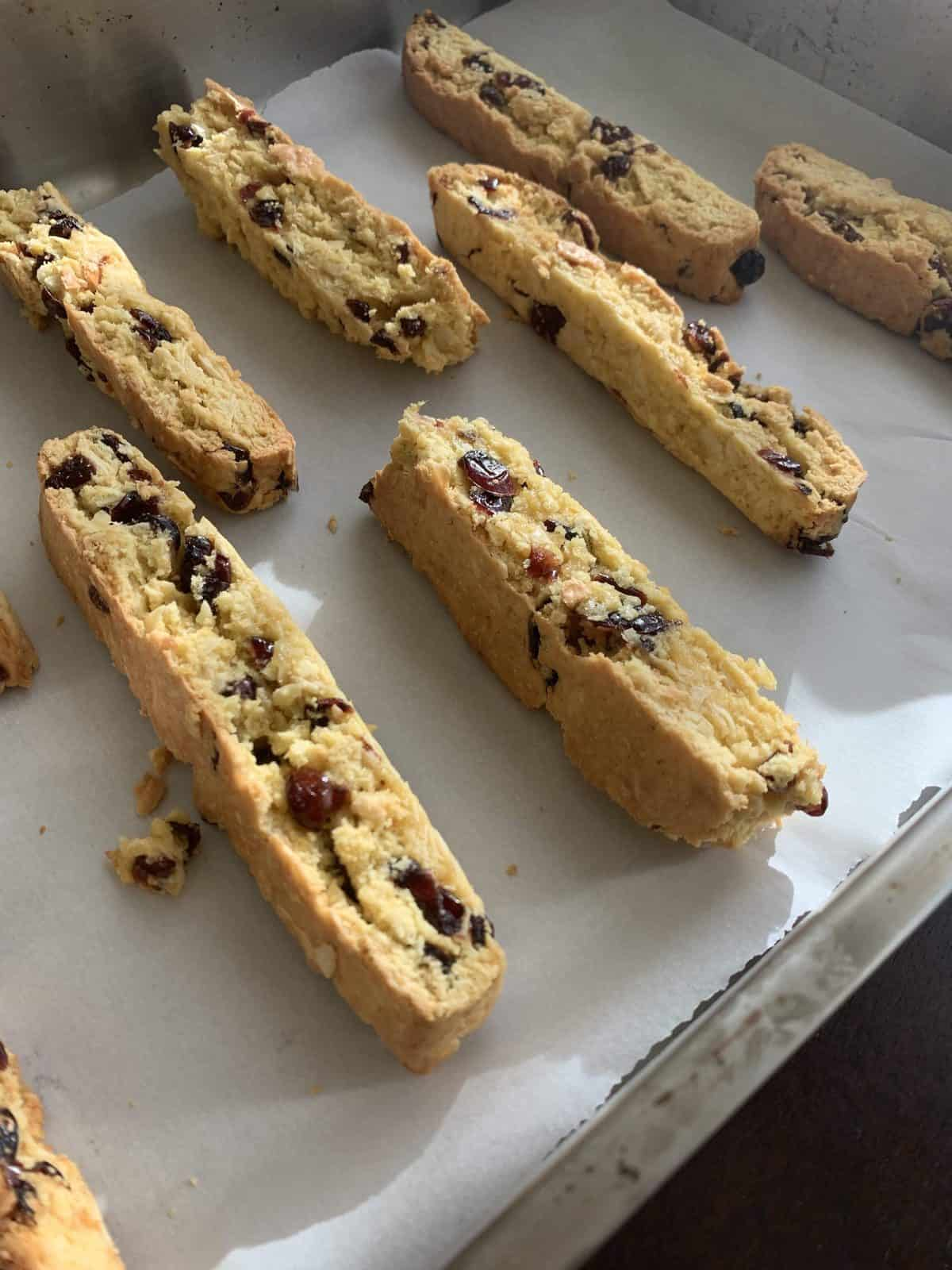 almond biscotti with cranberries
