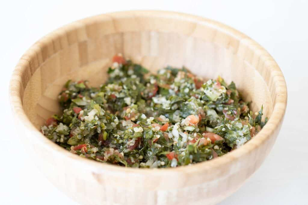 lebanese tabbouleh with quinoa