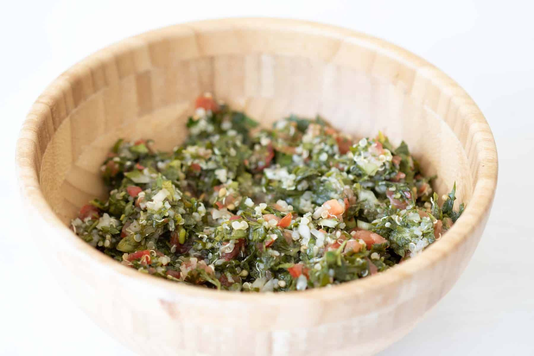 lebanese tabouli with quinoa