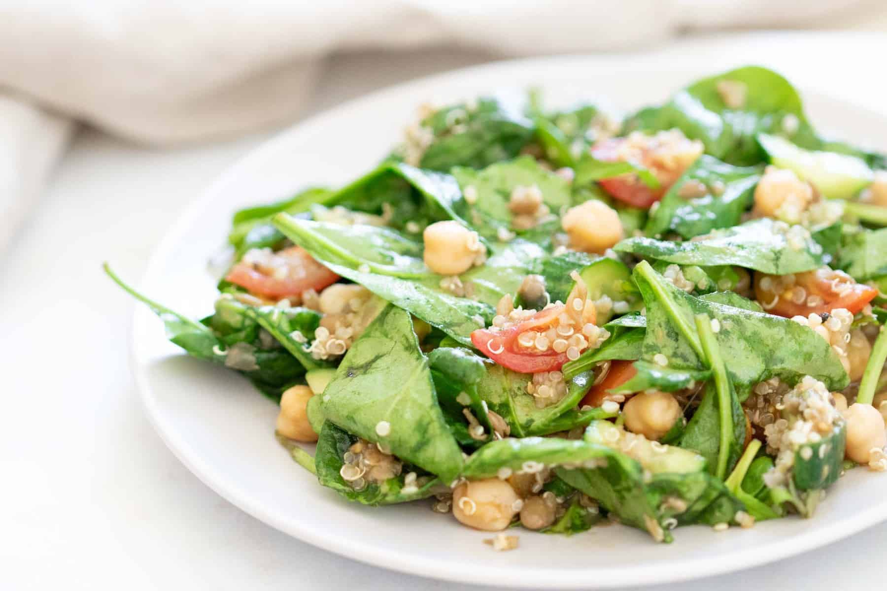 quinoa chickpea salad with spinach