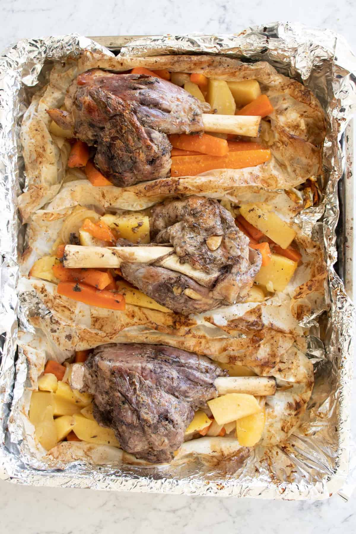 roasted lamb shanks in the oven