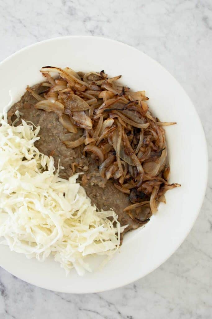 mujadarrah lebanese lentils and rice
