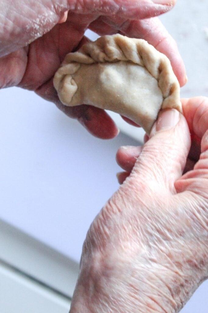 how to make sambousek pastries