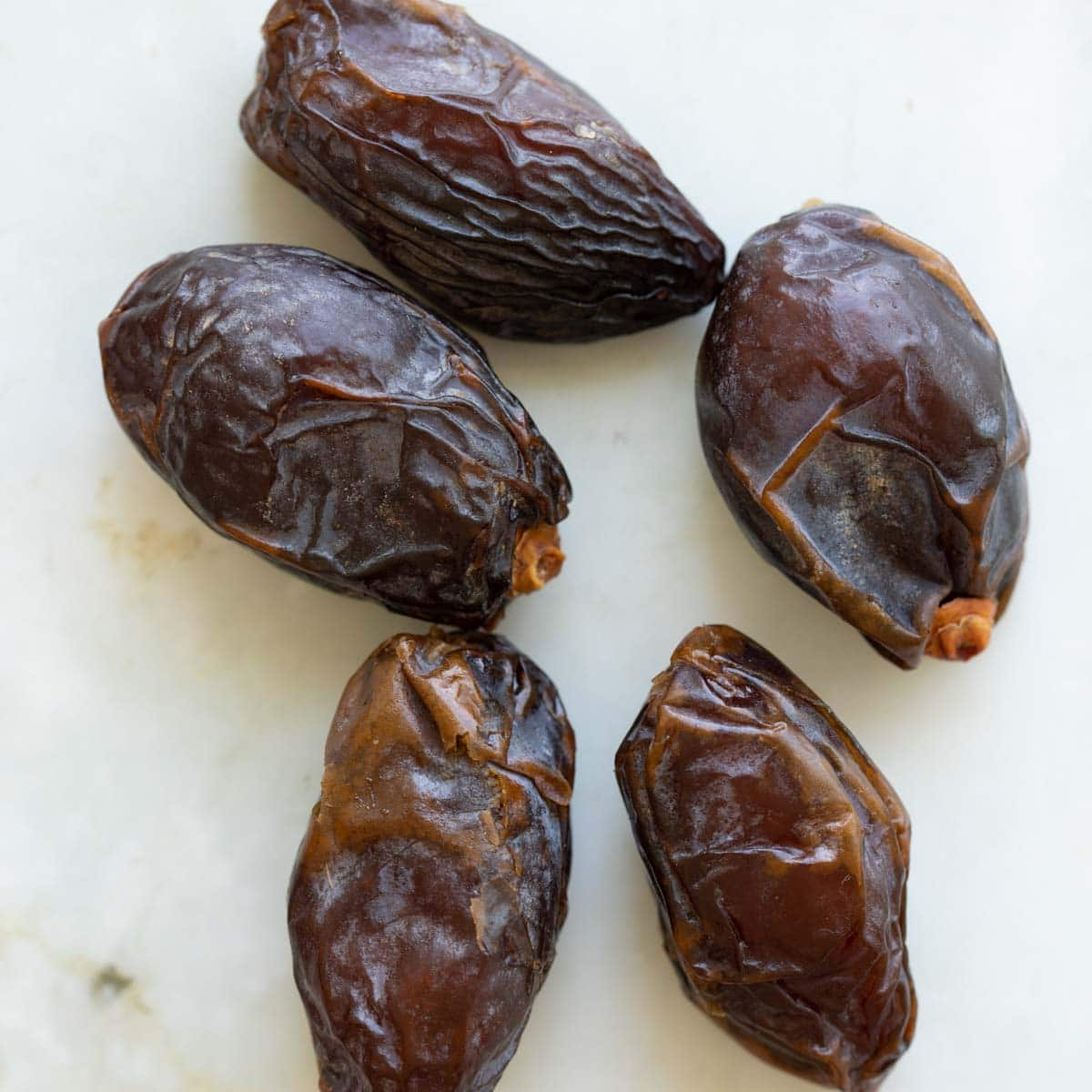 medjool dates close up on a table