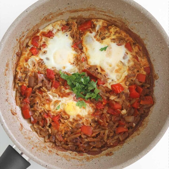 shakshuka eggs with potato hash