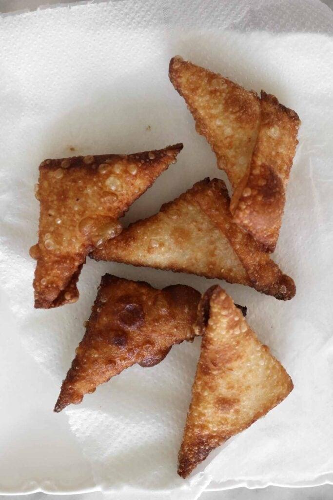fried cheese samosas