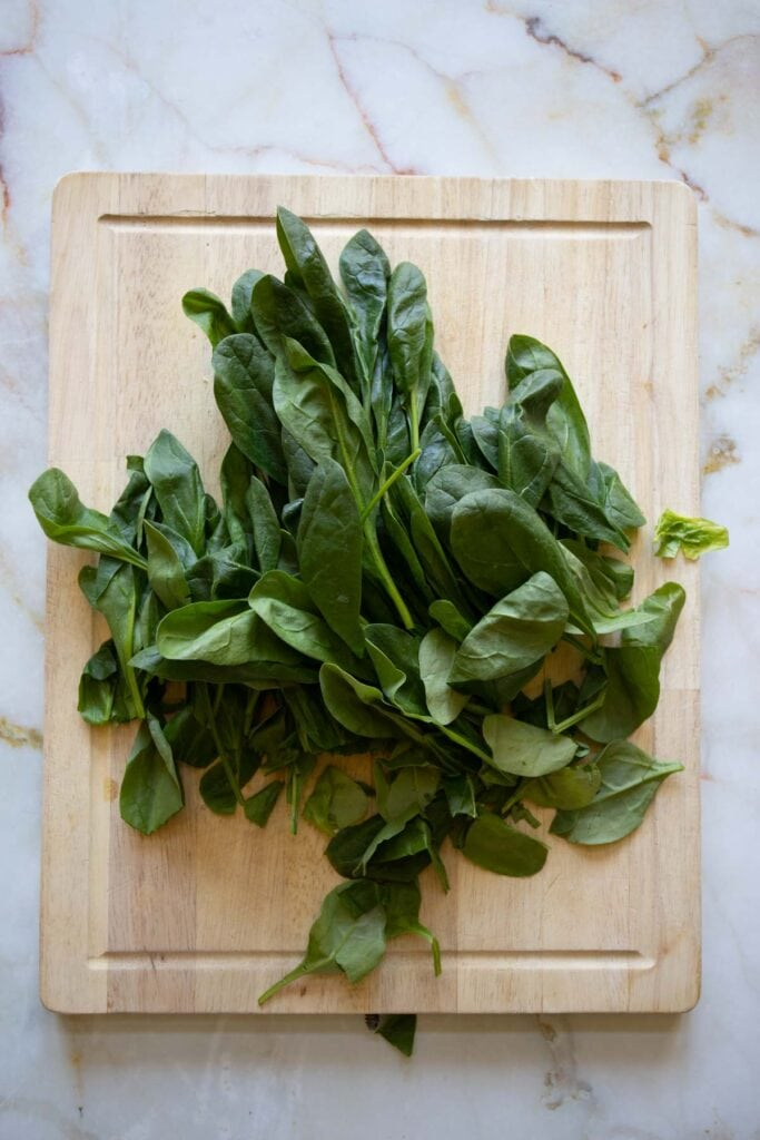 spinach leaves with the stem removed