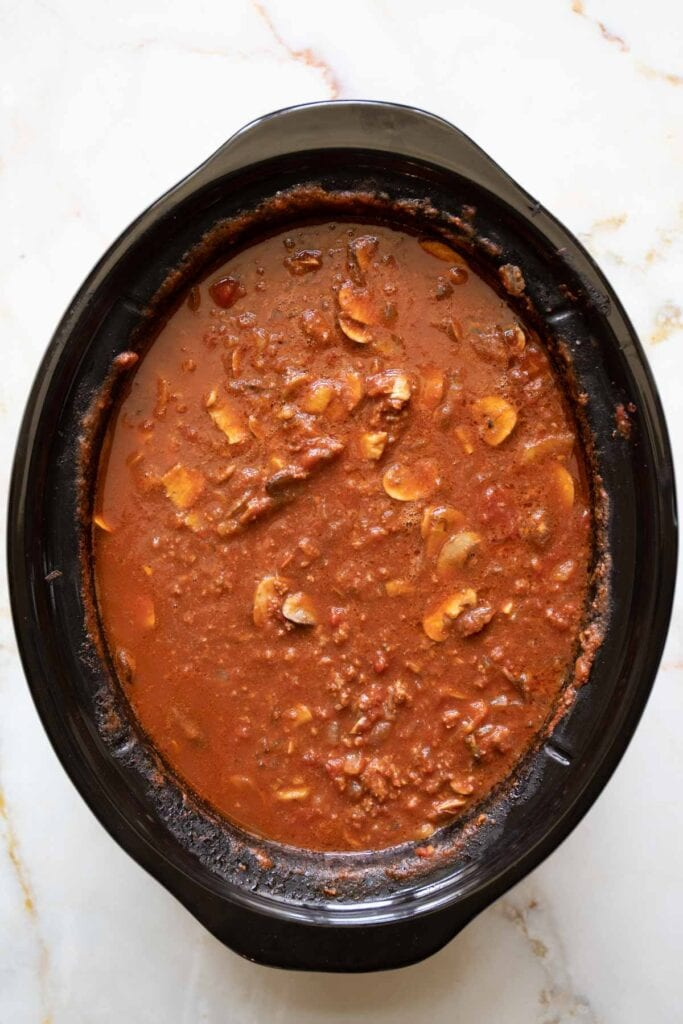 the beef and tomato sauce finished cooking in the slow cooker