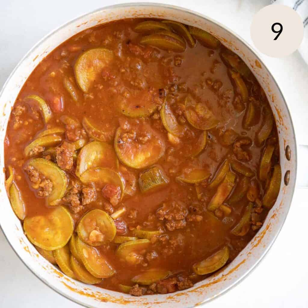 simmer the mahshi sliced kousa on high covered