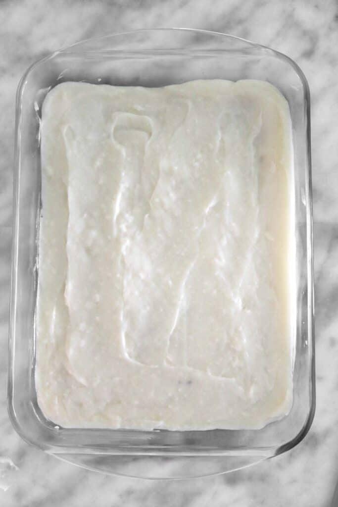 ashta on top of bread in even layer